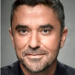 Tamakkan Chat with Author/ Diplomat: Omar Ghobash